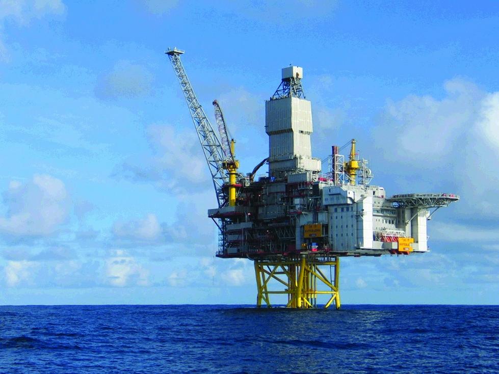 Brann- og eksplosjonssikring og vanntetting av rør- og kabelgjennomføringer offshore fra CSD.